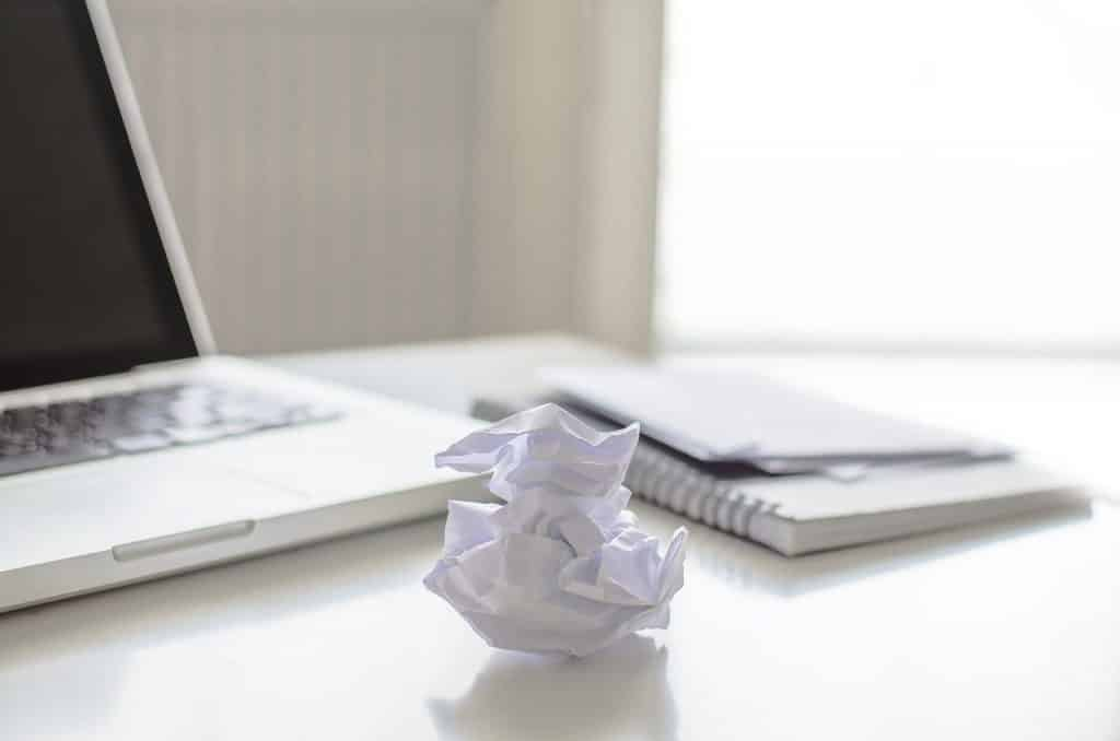 נייר כמה עולה פגישת ייעוץ אצל עורך דין